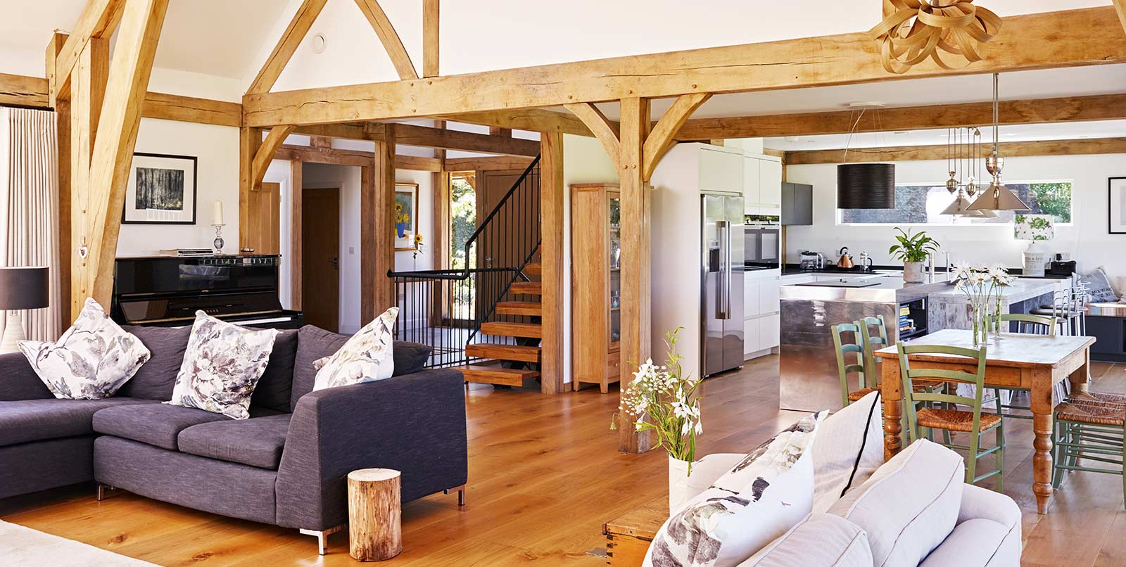 Exceptional oak frame design